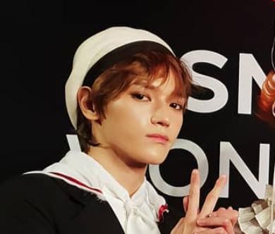 【NCT】リーダー・テヨンのコスプレ『カードキャプターさくら』のシャオラン最高!かわいい