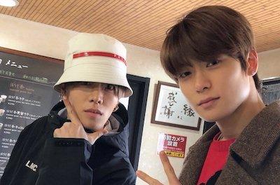 【NCT】nct127 ファンのカメラに写り込んじゃうジェヒョンとユウタのデート現場w w w w