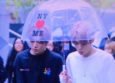 【NCT】nct127 メンバーたちが次々に相合傘する貴重映像♡www