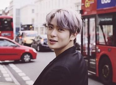 【NCT】nct127 ジェヒョン、マナーの手?ファンとの記念撮影の様子