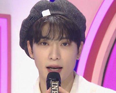 【NCT】え?待って。ジェヒョン人気歌謡MCを終えた退勤姿が可愛すぎて歴史動かしてる
